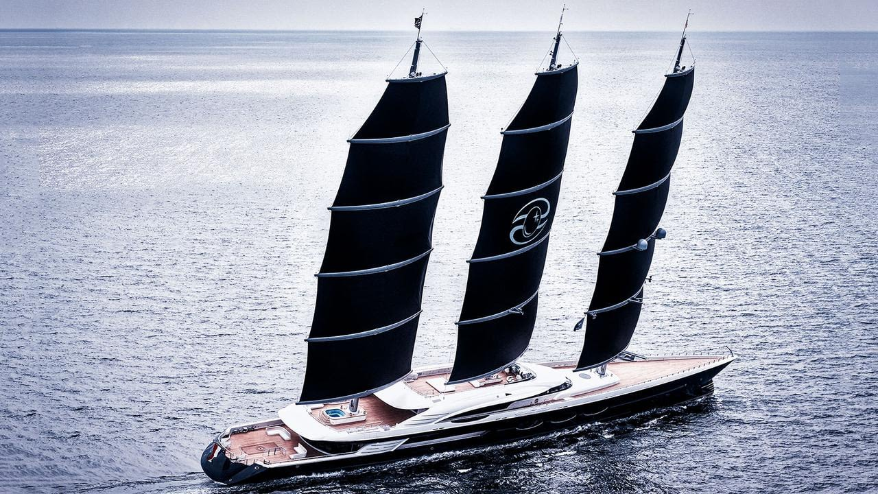 VIDEO REPORTAGE OF THE BIGGEST YACHT IN THE WORLD